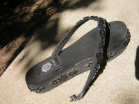 Bustedshoes_001